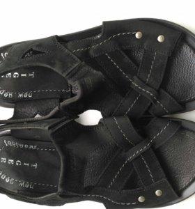 Новые сандали из натуральной замши и кожи