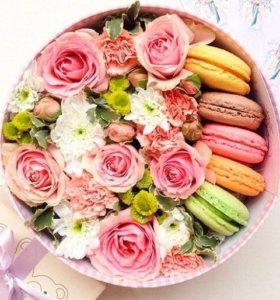 Коробка с живыми цветами