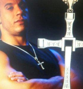Крест с цепочкой Доминика