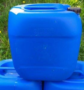 Канистры пластиковые 30 литров