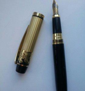 Ручка перьевая. Отличный подарок!)