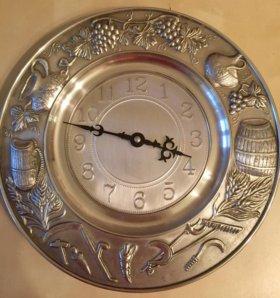 Часы настенные Artina