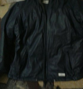 Куртка демисезоннач