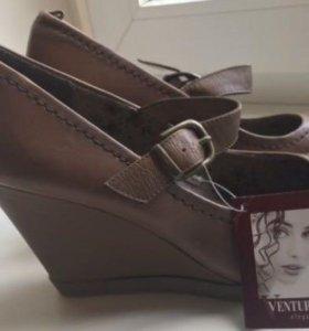 Новые туфли Venturini