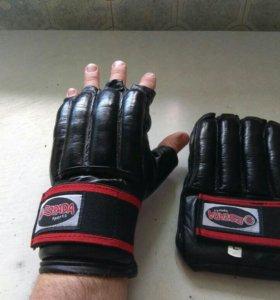 Кожанные перчатки для рукопашного боя