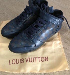 Кроссовки Луи Витон с мехом зимние
