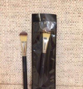 Кисточка МАС для макияжа