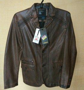 Кожаная куртка (пиджак), (S)