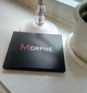 Шикарная палетка теней от MORPHE