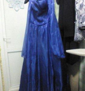 Вечернее платье можно на выпускной вечер р 44-46