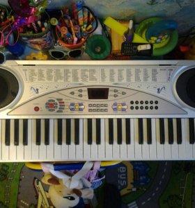 Детский синтезатор D-00006