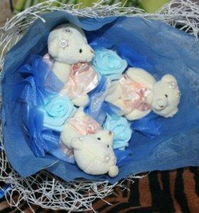 Букет из игрушек (медвежата)