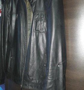Кожаная куртка мужская 48-50 размер