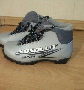Лыжные ботинки р. 37