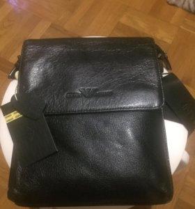 Новая мужская сумочка очень качественная кожа