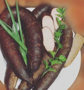 Колбаски и сало домашнего копчения