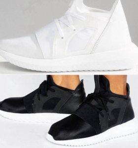 Женские кроссовки Adidas Oroginals