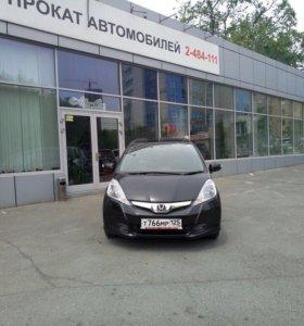 Автопрокат Honda Fit 2013 год