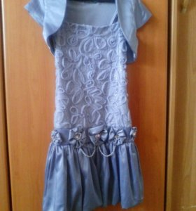 Платье на худенькую девочку 7-9 лет.