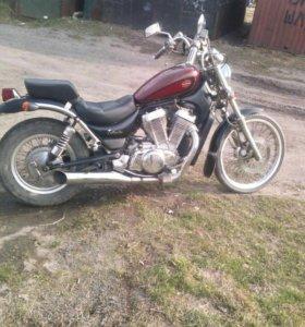 Мотоцикл Suzuki Intruder 400
