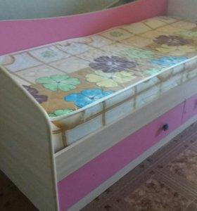 Кровать детская (с матрасом )