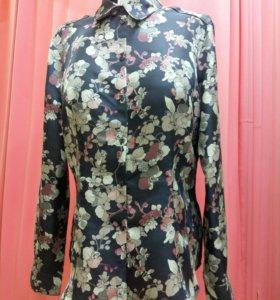 Блузка женская новая очень красивая 50размер