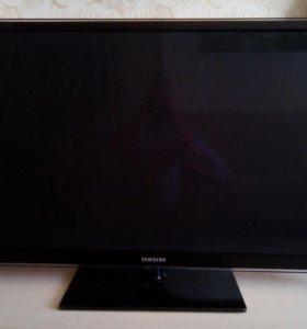 Продам телевизор Samsung PC51D6900DS нужен ремонт.