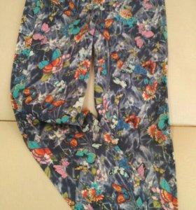 Брюки для девочки из легкой джинсовой ткани