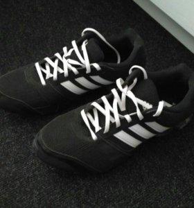 Кроссовки Adidas Komet