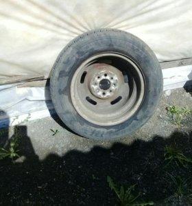 Продам шину.