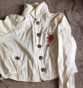 Джинсовая куртка р. 42-44