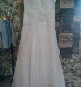Свадебное платье р. 42-44