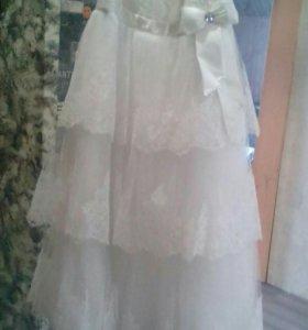Свадебное платье р 48-50