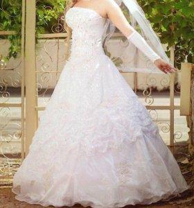 Свадебное платье с золотом