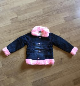 Курточка на девочку р.98 НОВАЯ