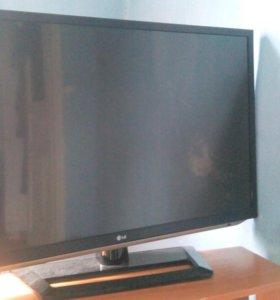 LG синема 3D , жк,107 см