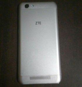 Продаю ZTE blade A610