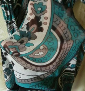 Платье новое размер 46-48.