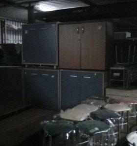 Шкафы под оргтехнику и для офиса.