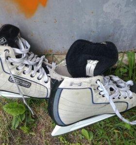 Коньки хокейки