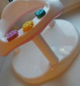 Стульчик для купания в ванной