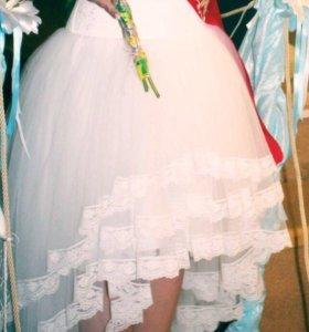 Платье( туфли в подарок 38 р)