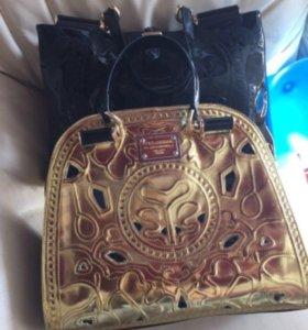 Продам сумку D&G золотая