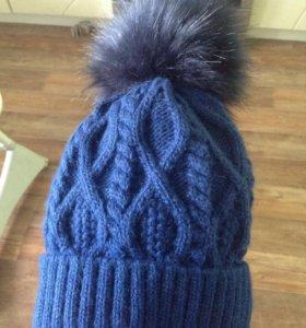 Зимняя шапка с пунпоном