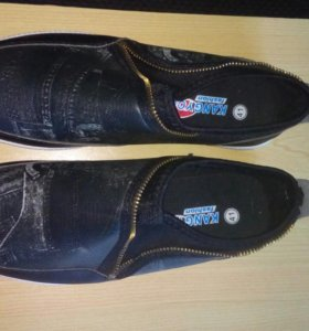 Продам кросовки