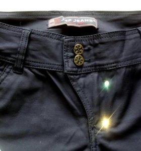Новые брюки р.30