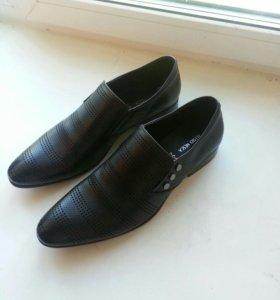 Обувь из кожи. НОВАЯ