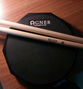 Тренировочный пэд Agner и барабанные палочки Agner