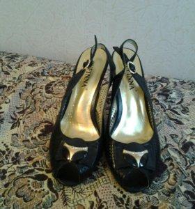 Туфли 39, каблук 10 см