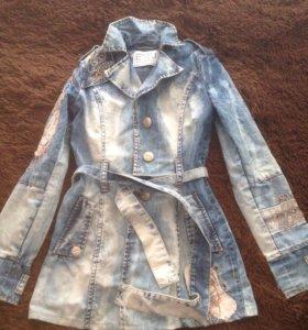 Джинсовая удлинённая курточка